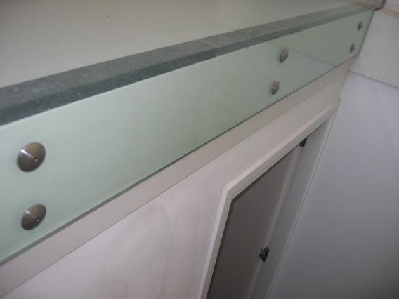 balustrade glas detail puntbevestiging